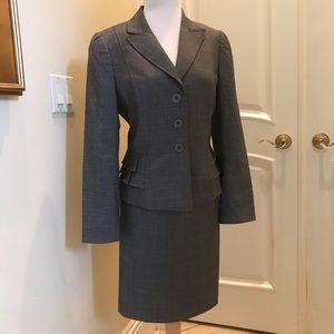 Tahari petite gray skirt suit